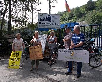 Kundgebung vor der Giftmülldemponie Eyller Berg