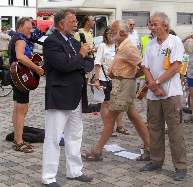 Neuruppiner Bürgermeister Herr Golde stellt sich unseren Fragen