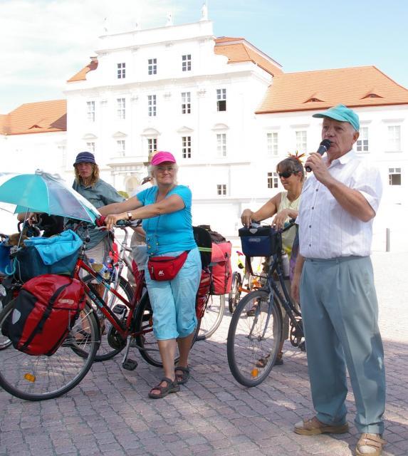 Kundgebung mit Eden in Oranienburg zu Lärmschutz